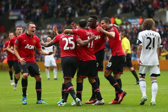 El Man-United inició la temporada con una goleada de 4-1 sobre el Swanse...