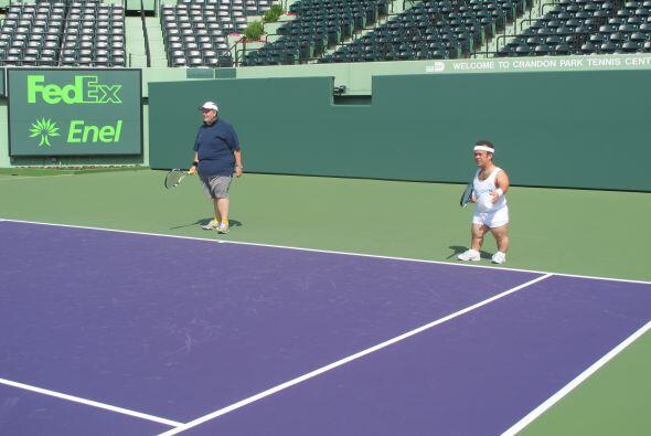 A jugar tenis con El Gordo y La Flaca