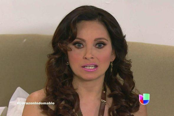 Lucía piensa decirle a Miguel todo lo que ha hecho, después de todo es s...