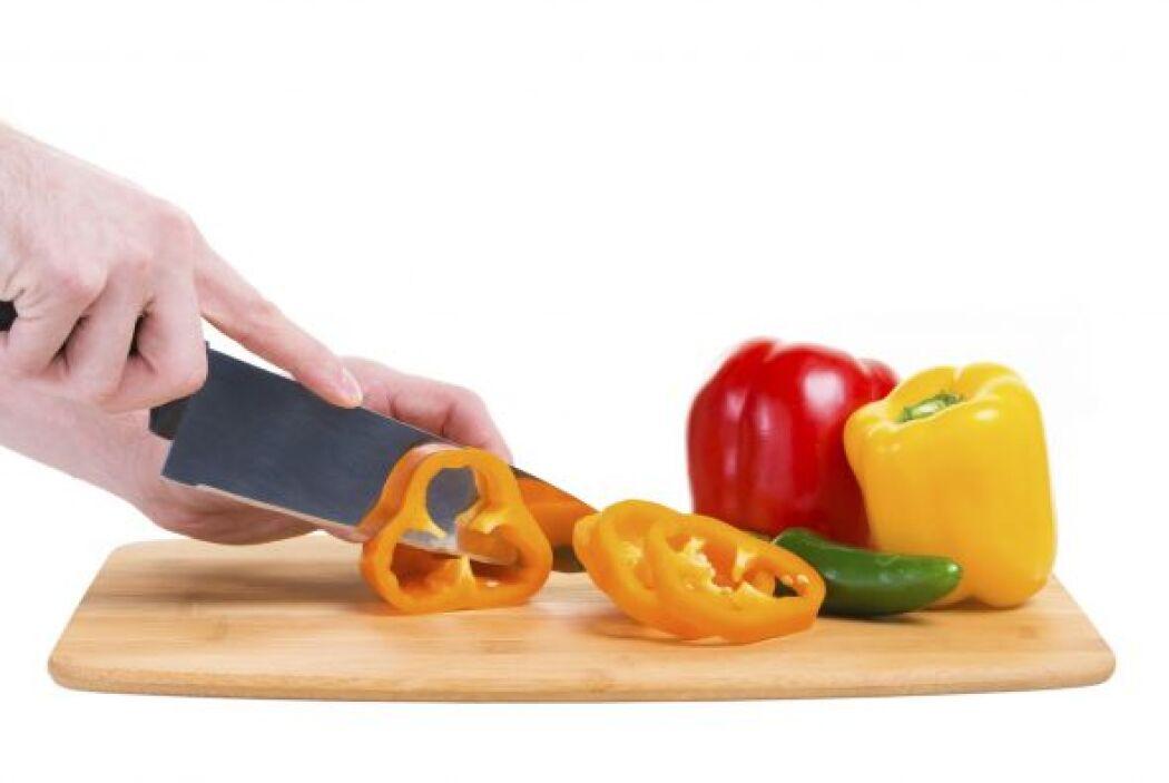 Renueva tus tablas para cortar alimentos, puedes buscar algunas con form...