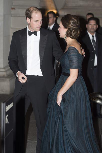 William se mostró muy atento con su mujer en todo momento.
