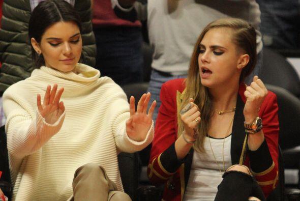 """Seguro que era una cancioncita de su """"cuñis"""" querido, que Kendall hasta..."""