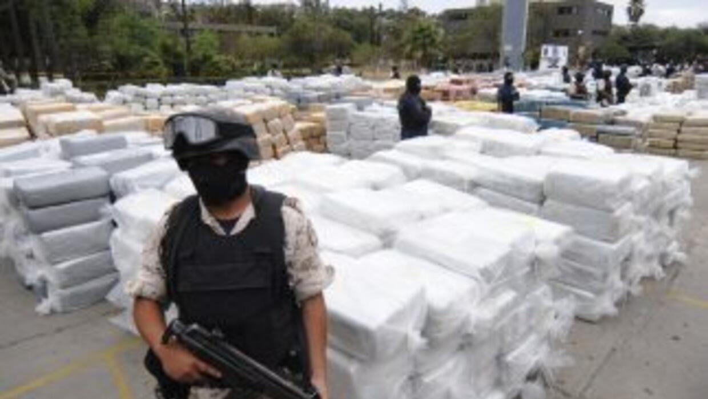 Días pasados se decomisó un importante cargamento de marihuana cerca de...
