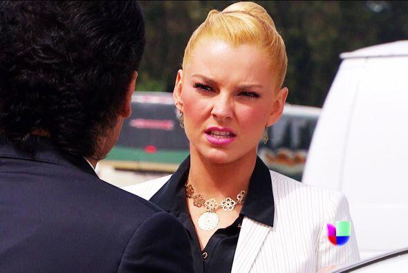 Te hemos visto muy interesada en Salvador. ¿Ya aceptarás que estás enamo...