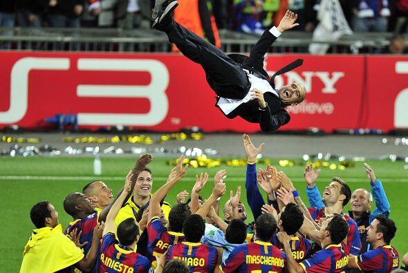 Todos estos cracks son dirigidos por el español Josep Guardiola,...