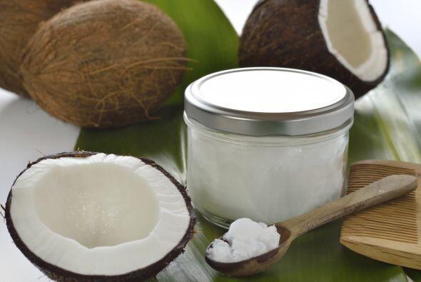 El agua de coco es baja en carbohidratos, en grasa -99% libre de grasa-,...