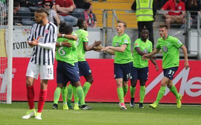 El Wolfsburgo confirma los fichajes de Julian Draxler y Dante 6362968580...