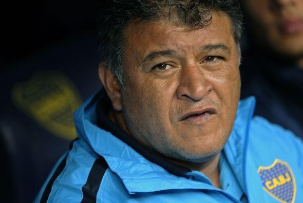 Claudio Borghi, ayer técnico campeón con Argentinos Junior...