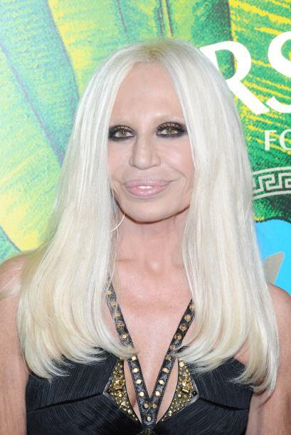 Donatella Versace. Después de ver a esta mujer, creemos que el pe...