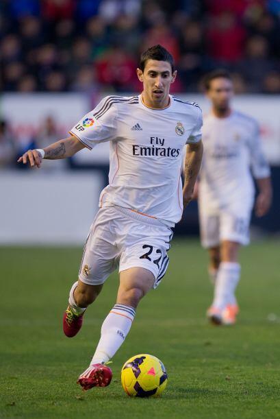 En la segunda mitad, el Real Madrid, pese a jugar con diez, intentó la r...