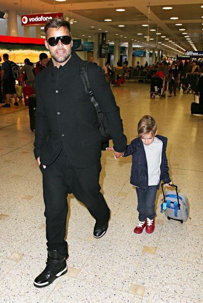 Australia lo adora, y a sus hijos también.Mira aquí los vi...