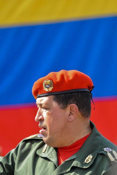 Se estima que Chávez usará sus nuevos poderes para tratar...