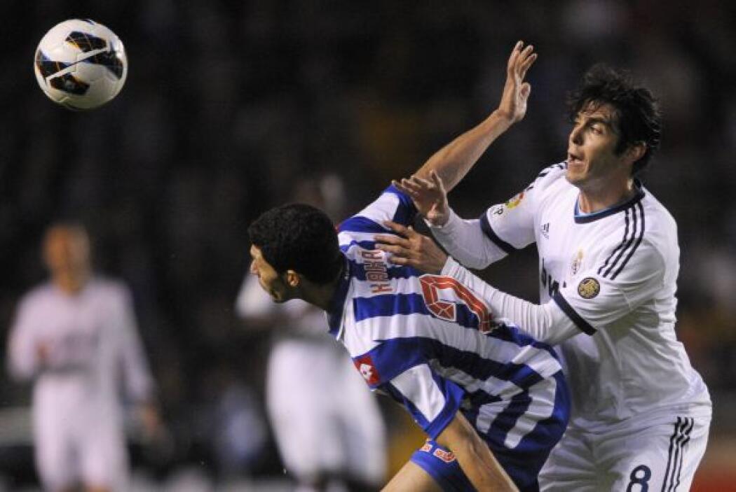 Al Madrid le costó contener al deportivo, que se vio suelto al principio...