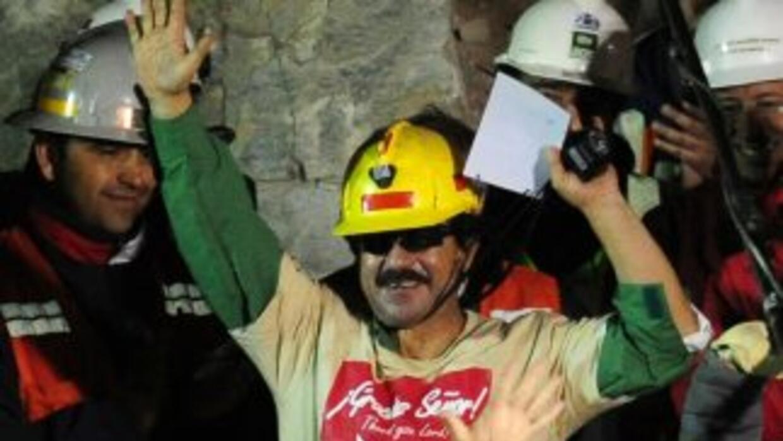 Hace tres años, 33 mineros quedaron atrapados en una mina en Chile, ahor...