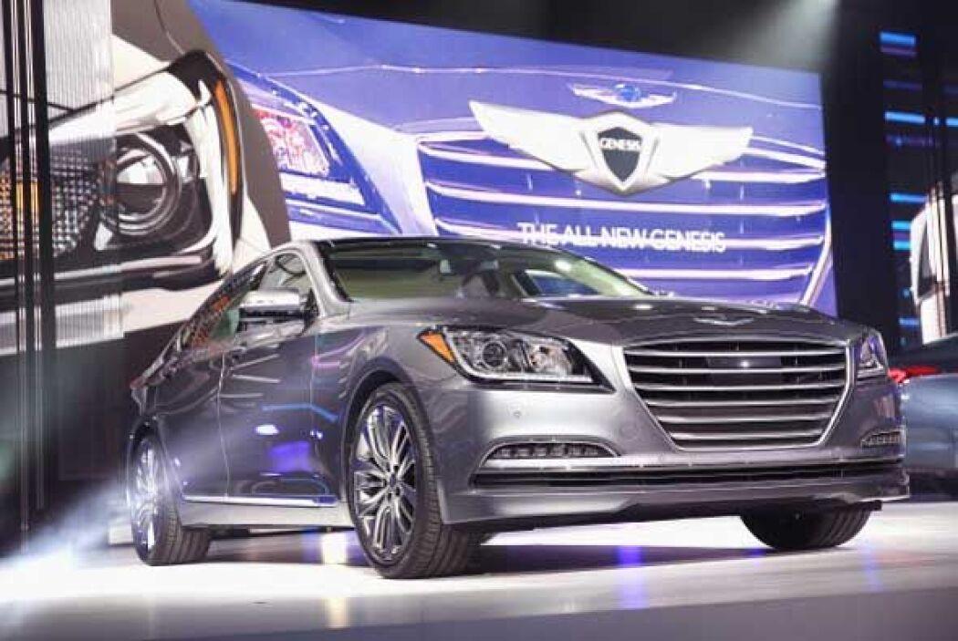 El nuevo Hyundai Genesis es un auto más lujoso y de mayor calidad.