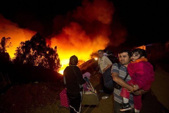 Los albergues fueron habilitados de manera urgente en Valparaíso, situad...