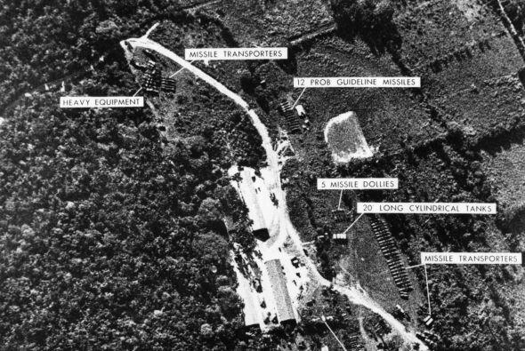 Otra de las fotos, las pruebas abrumadoras que Estados Unidos presentó a...
