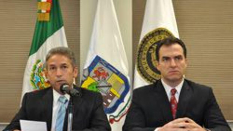 El vocero de Seguridad estatal, Jorge Domene Zambrano, y el procurador g...