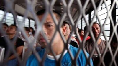 La pregunta sobre la condición migratoria afectará específicamente a las...