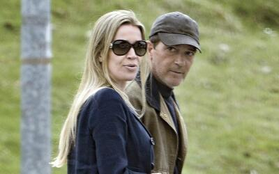 Antonio Banderas y Nicole Kimpel en Italia