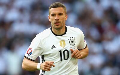 Podolski anunció su retiro con Alemania