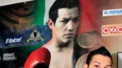 Hernán 'Tyson' márquez no dejará ir fácil su cinturón mosca de la AMB (F...