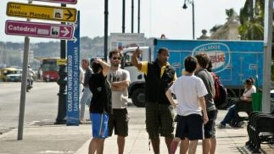 Cuba recibió de enero a abril de este año un millón 240,784 visitantes i...