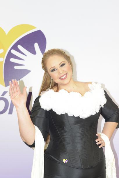 Alejandra Orozco llega con su talento y su gran voz al Teletón USA.