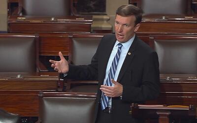El emotivo final del Filibuster del senador Murphy