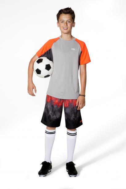 Si tu hijo tiene más afición por los 'shorts' agrega a tu...