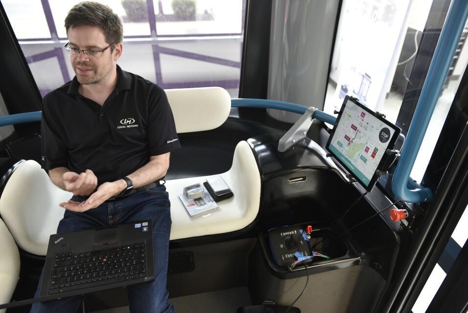El Olli es un bus autónomo creado por Local Motors