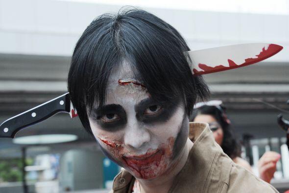 ¡Vamos, el cuchillo en la cabeza es algo muy gastado ya! Halloween es un...