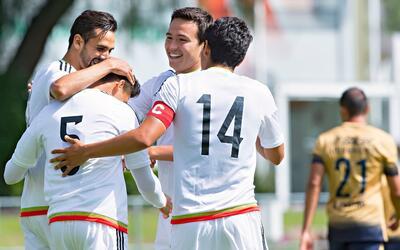 México venció por 2-1 a Pumas