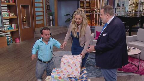 Mira todos los regalos que Chiquis le trajo al bebé de Carlitos 'El prod...