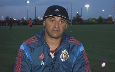 Carlos Bustos: 'No es fácil conducir a un equipo con tanta calidad como...