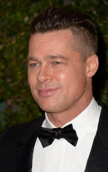 ¡Incluso con corte 'mohicano' es como Brad Pitt, actual pareja de...