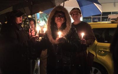 Familiares y amigos de Donell Soto se reunieron el jueves en la noche pa...