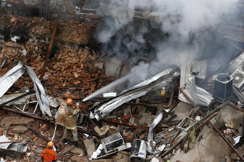 Destrucción en Río por explosión