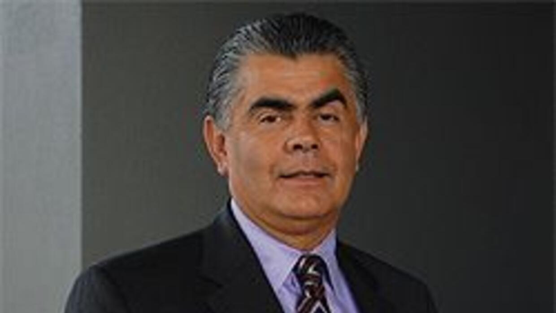 Arnoldo Torres, conocido activista, es analista político en 'Al Punto' 4...