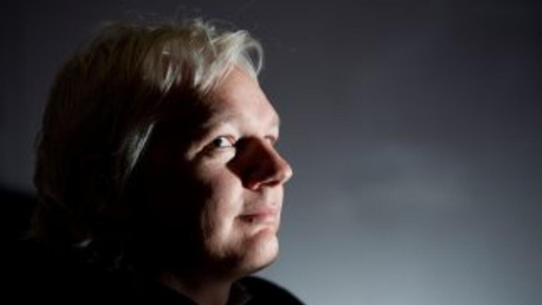 """Assange reiteró que vivir en una embajada le resultaba """"un poco como viv..."""