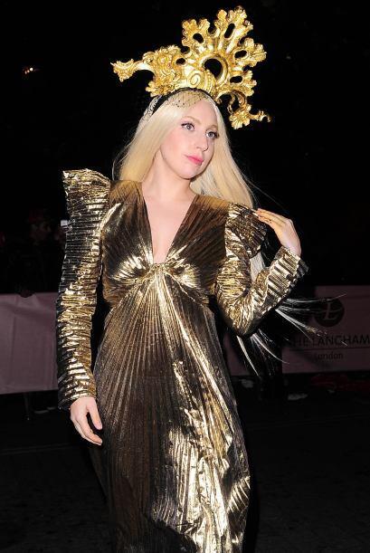 Hoy en día, Lady Gaga es, sigue y seguirá siendo la reina...