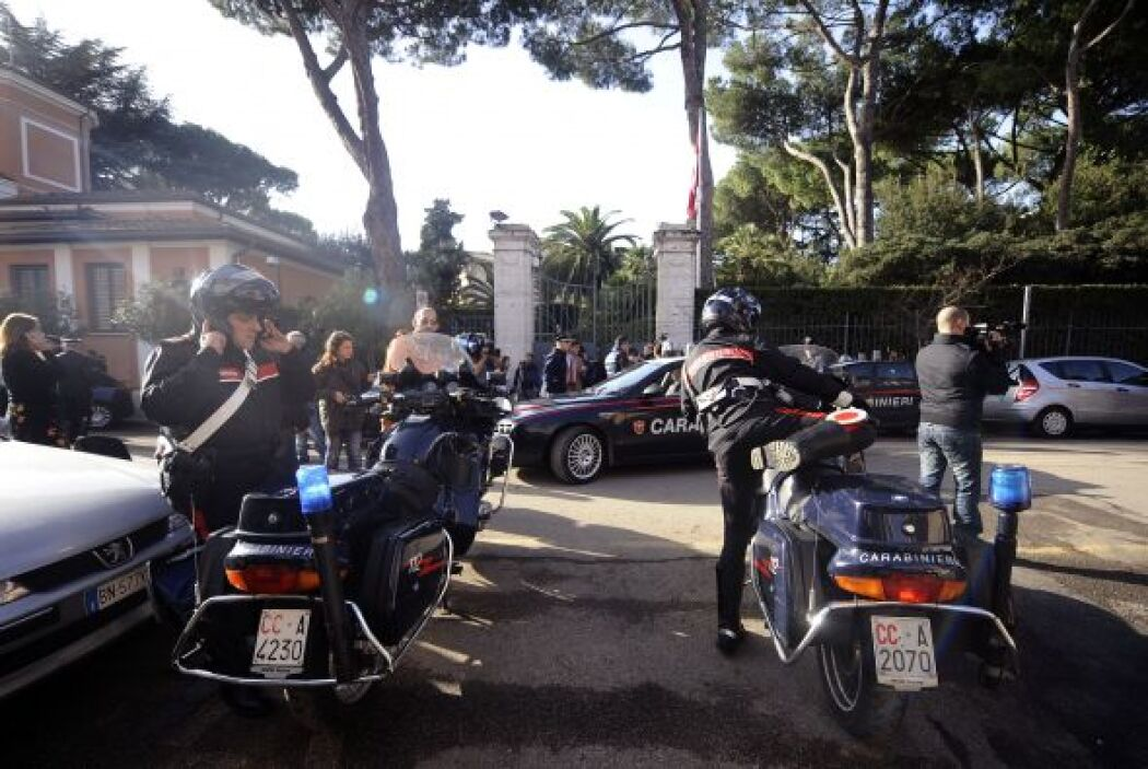 La policía italiana empezó a inspeccionar todas las embajadas y sedes di...