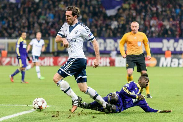 Asimismo, el Schalke terminó como segundo del Grupo G luego de de...