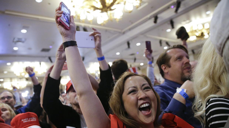 Votantes de Trump celebran la victoria en el caucus de Nevada