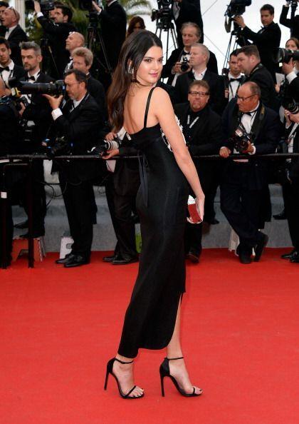 ¿Qué le está pasando a Kendall Jenner? Adoramos que...