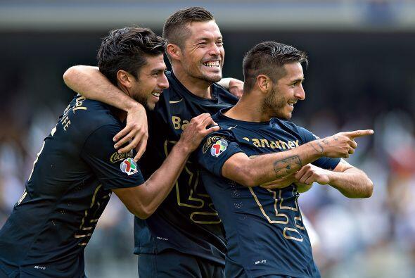 Desde su llegada a los Pumas Vázquez ha conseguido 2 victorias y 3 empat...