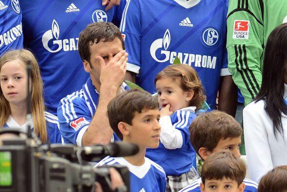Al final Raúl no aguantó y se emocionó ante tantas...
