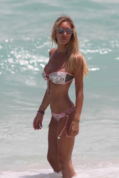 Laura Cremaschi disfruta de Miami en bikini.