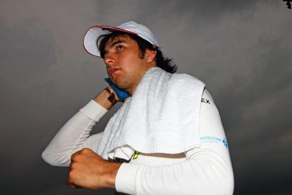 'Checo' Pérez espera tener mejor suerte en el Gran Premio de Chin...