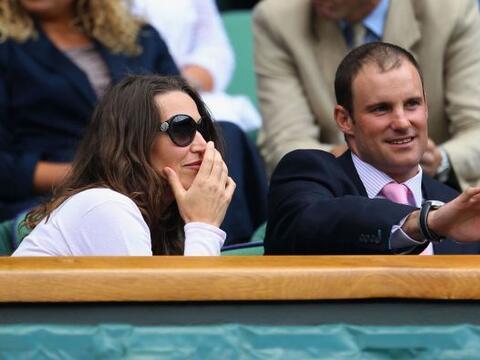El capitán del equipo inglés de cricket Andrew Strauss, ac...